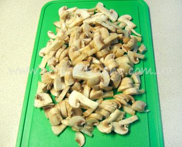 Салат с грибами, березовая роща
